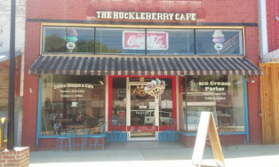 The Huckleberry Café