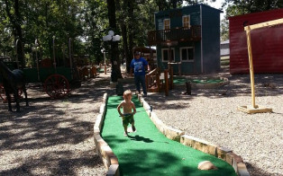 Old West Town Mini Golf